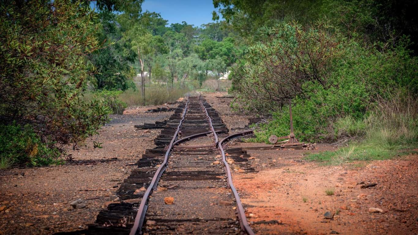 old train tracks to mungana