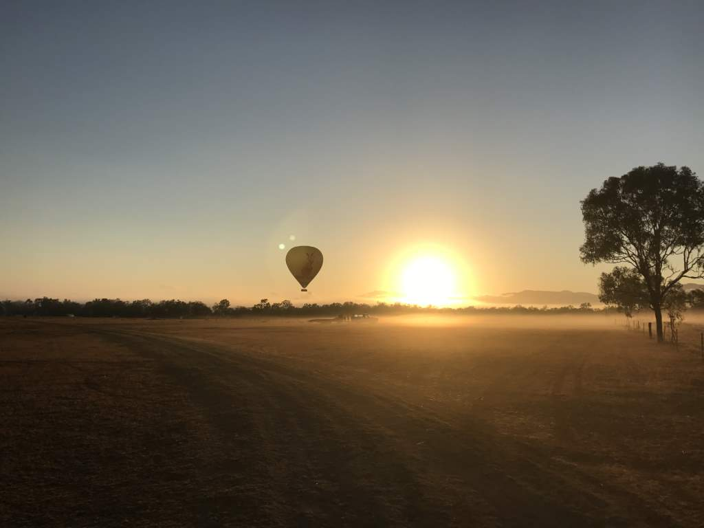 sunrise hotair balloon